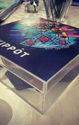 Kippot box